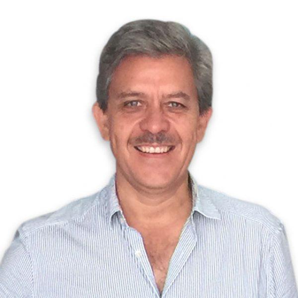 Adalberto Moreno Benavent ha dirigido director de la Asociación de Empresarios de Punta de Mita y Riviera Nayarit, A.C.